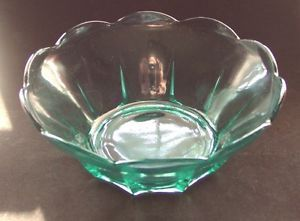 Anchor Hocking Fire King Swedish Modern Aqua Glass Chip Bowl