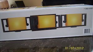 Hampton Bay Deja Bathroom Vanity 3 Light Bronze Fixture Amber Glass Shades New