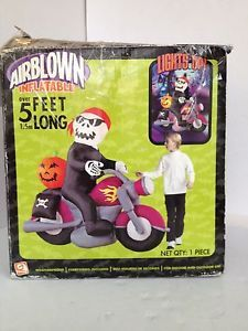 Gemmy Airblown Inflatable Halloween Skeleton on Motorcycle 5 Feet Long