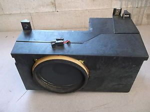 00 01 02 03 04 05 06 Suburban Tahoe Yukon Subwoofer Enclosure Rear Speaker Box