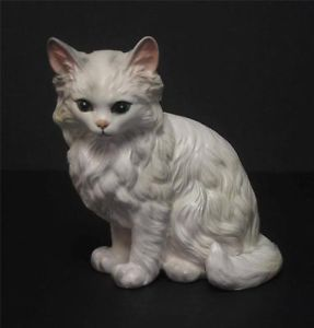 Vintage Lefton Ceramic White Persian Cat Kitten Figurine H1514