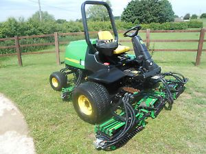 2006 John Deere 3235C 5 Gang Fairway Ride Sit on Lawn Mower Garden Tractor