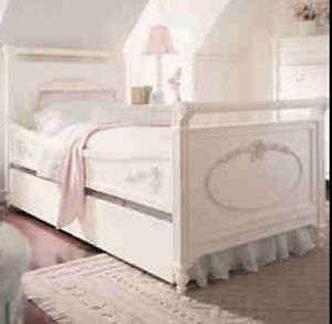Girl's Twin Bed with Mattress White