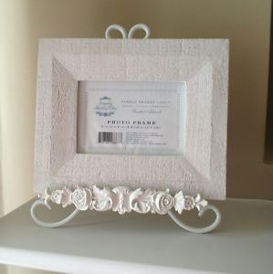 Simply Shabby Chic Picture Frame and Easel