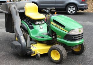 John Deere LA150 26HP Riding Mower Lawn Tractor Includes Power Bagger 54in Deck