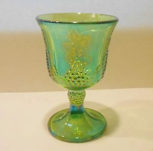 Vtg Iridescent Green Harvest Grape Indiana Carnival Glass 8 oz Water Wine Goblet