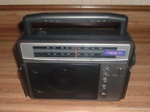 Excellent Radio Shack Am FM High Performance Long Range Super Radio Works Great