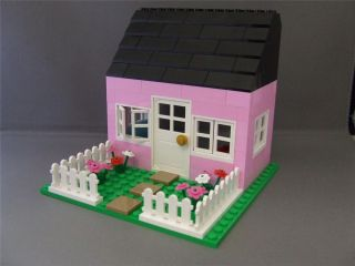Custom Set Pink House New Lego Bricks Door Windows Fences Flowers Base Plate
