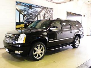 Cadillac Escalade AWD 4DR Luxury