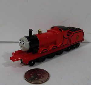 Vintage Ertl Thomas 5 Train Die Cast Metal James Engine Toy