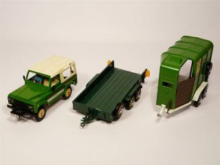 Britains Farm Animals Land Rover County Horse Box Trailer