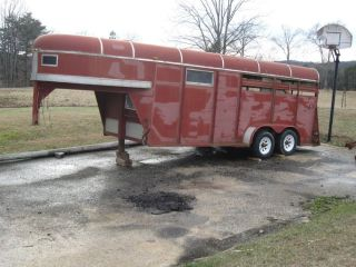 3 Horse Slant Gooseneck Trailer for Sale