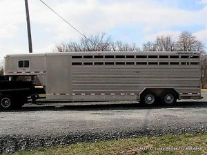 FeatherLite 8411 7' x 24 Foot Aluminum Horse or Gooseneck Stock Trailer