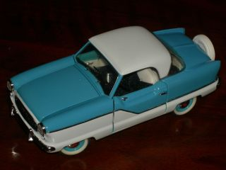 Franklin Mint 1 24 Scale 1956 Nash Metropolitan Excellent Plus Condition