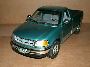 1 18 Ford F 150 Diecast 1997 Ford F150 XLT Pick Up Truck Ford Trucks Model