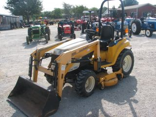 2003 25HP 4WD Cub Cadet 7254 Tractor w Loader and Bucket ROPS Belly Mower HST
