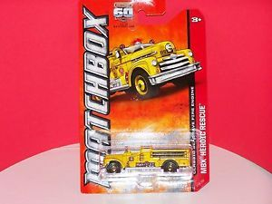 2013 Matchbox Classic Seagrave Fire Engine MBX Heroic Rescue Case M