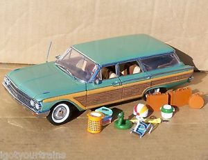 Franklin Mint 1961 Ford Country Squire Wagon Car w Beach Accessories 1 24