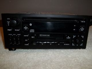 94 01 Jeep Chrysler Grand Cherokee Dodge Durango Caravan Radio w Tape CD Player