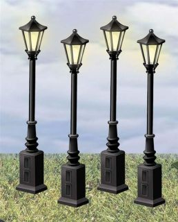 Lionel 4 PK Lionelville Street Lamps Lighted Lamp Post Lighting O Gauge 6 24156