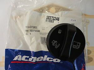 Chevrolet Equinox Cobalt Malibu HHR Gas Tank Fuel Filler Cap New