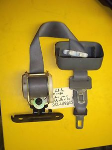 05 07 Dodge Dakota Quad Cab Pickup Truck Center Back Rear Seat Shoulder Belt