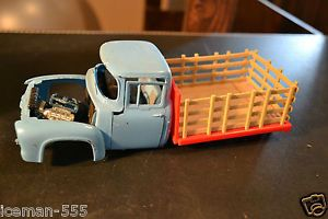 1953 53 Ford Pickup Truck Model Car Kit Junk Parts Project Rebuilder Diorama