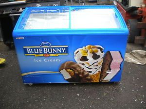 Aht Blue Bunny Nestlea Ice Cream Cooler Frezzer Vending Display Case Nice Deal