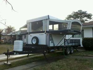 2007 Fleetwood Scorpion S1 Pop Up camper Toy Hauler