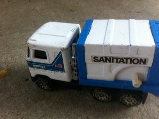 Vintage 1980 Mack Buddy L Toy Pressed Steel Sanitation Garbage Trash Truck Toy