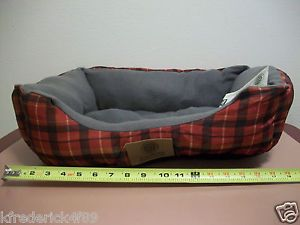 Medium 21x17 Ultra Plush Official AKC Square Cuddle Red Plaid Dog Puppy Pet Bed