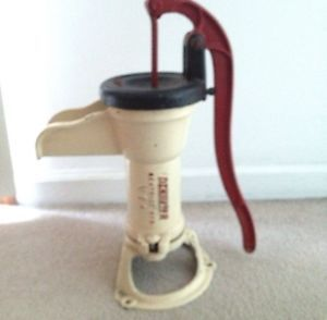 Cast Iron Garden Water Hand Pump