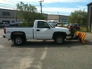 2003 Chevy Silverado 1500 4x4 Short Bed Reg Cab Fisher Minute Mount 2 Plow Truck