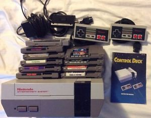 Working Original Nintendo NES System Bundle 10 Games Manual 2 Controllers