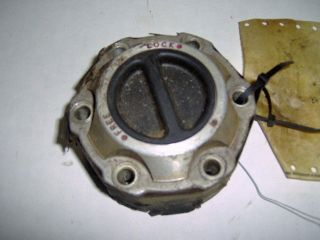 93 94 95 96 97 Nissan Pickup Pathfinder Manual Lock Out Hub Front