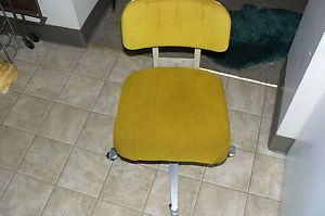 Vintage HON Company Office Desk Chair Heavy Duty Mid Centuryretromustardyellow
