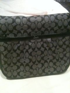 Coach Signature Multifunction Diaper Baby Messenger Bag F18373 $358 HTF