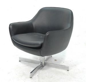 Mid Century Modern Eames Faux Leather Black Vinyl Lounge Chair Armchair Couch
