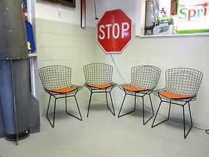 4 Mid Century Mod Vtg Eames Era Authentic Bertoia Black Wire Chairs Seat Pads