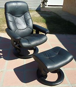 Ekornes of Norway Stressless Danish Modern Black Leather Recliner Chair Ottoman