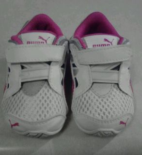 Infant Baby Girls Puma Shoes Size 4 Pre Owned Cute