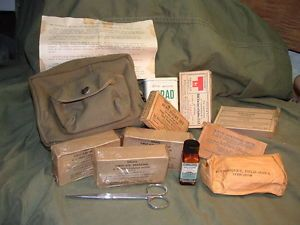 WWII First Aid Kit w 10 Item Contents Army Air Corp Aeronautic 1942