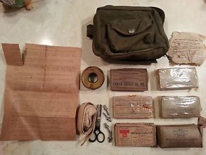 US WWII Kit First Aid Aeronautical Medical Department Item No 9776500 Pegs
