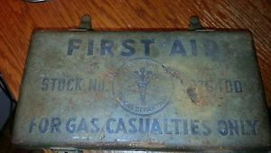 Vintage U s Army First Aid Kit WW1 WW2