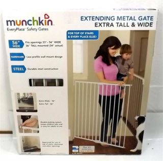 Munchkin Extending Extra Tall and Wide Metal Gate White 31046