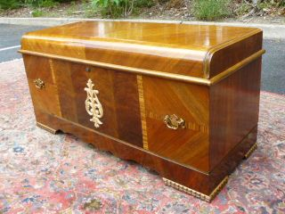 Antique Art Deco Waterfall Walnut Cedar Hope Lane Blanket Chest