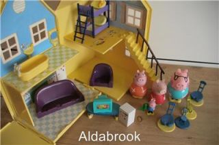Peppa Pig Deluxe House with Figures Furniture VGC