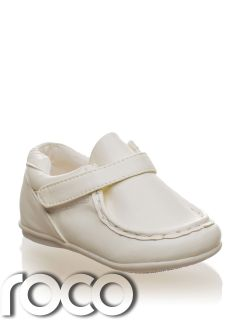 Velcro Baby Boys Cream Loafer Shoes