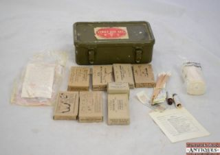 Vintage WWII US Military General Purpose 12 Unit First Aid Kit Original Supplies