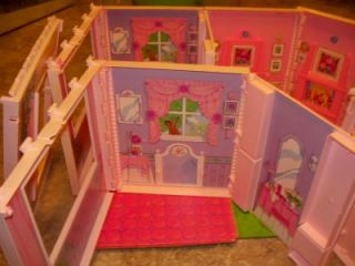 1992 Mattel Barbie Snap Doll House Bed Fridge Chair